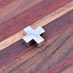 ‼️Clearance‼️ 925 Cross Pendant